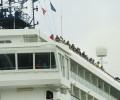 Navio de turismo com 1,5 mil passageiros atraca em Paranaguá