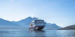 Paranaguá recebe primeiro navio de cruzeiro da temporada