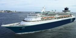 Porto de Paranaguá recebe navio com quase três mil pessoas a bordo