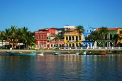 Estado motiva população local a fazer turismo no PR